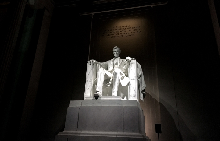 lincoln-memorial-cover