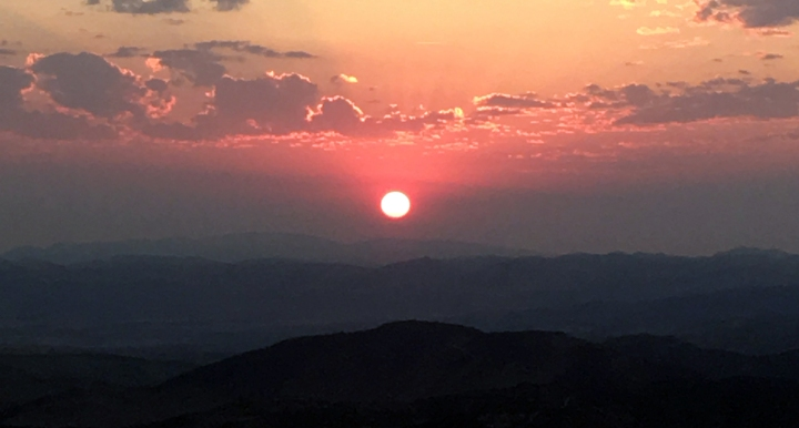 plane_sunrise
